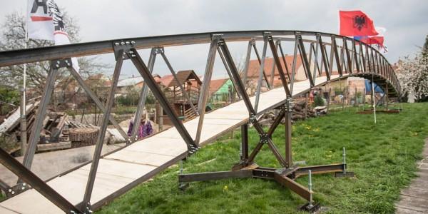 Statická zatěžovací zkouška mostu pro Curraj i Epërm