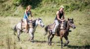Koňské dostihy v Curraj i Epërm